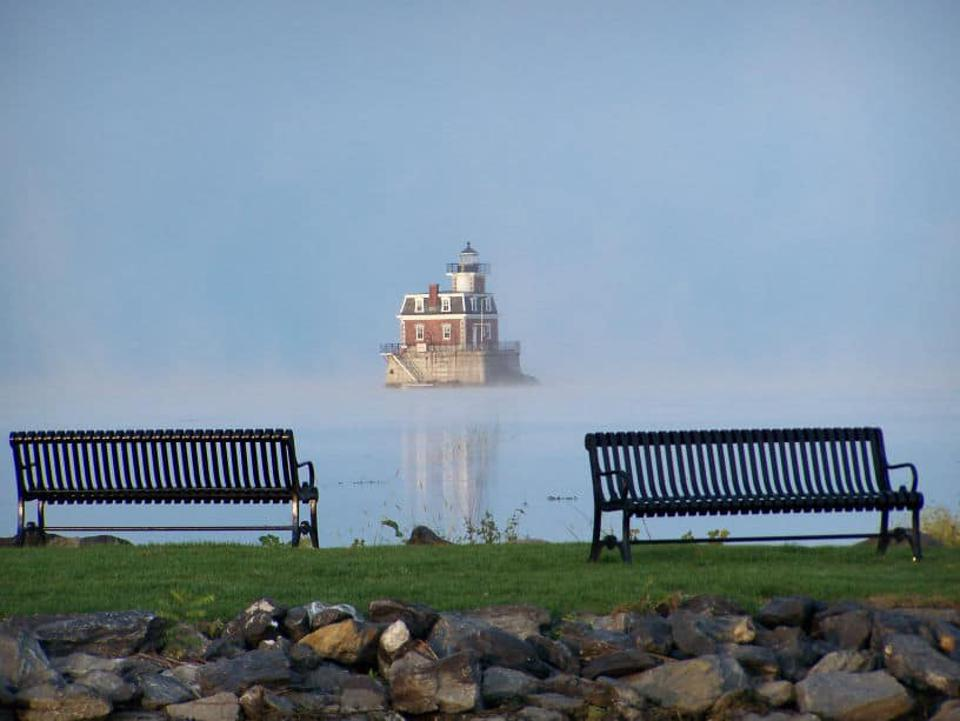 Athens New York Is Home To The Hudson Athens Lighthouse